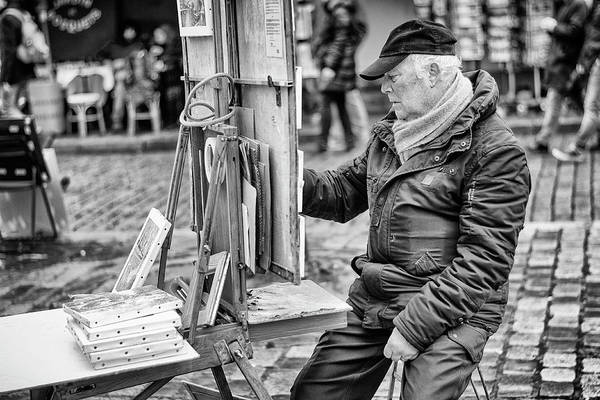 Wall Art - Photograph - Street Artist In Montmartre by Pablo Lopez