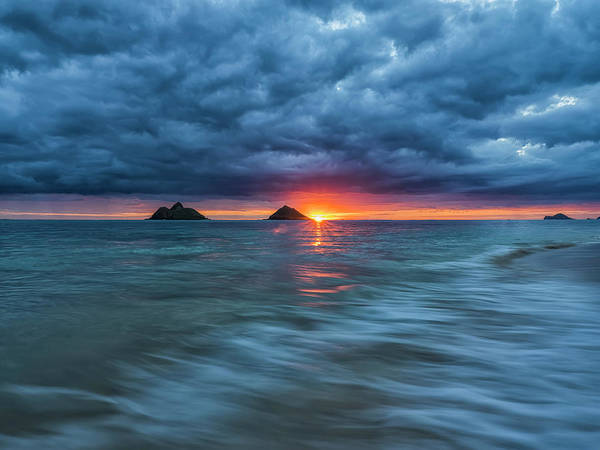 Wall Art - Photograph - Sunrise Over Lanikai Beach  Oahu by Robert Postma