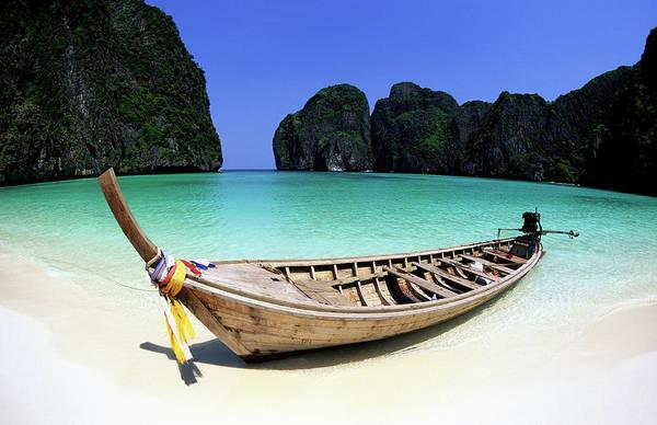 Phi Photograph - Thailand, Krabi Province, Ko Phiphi by Tropicalpixsingapore