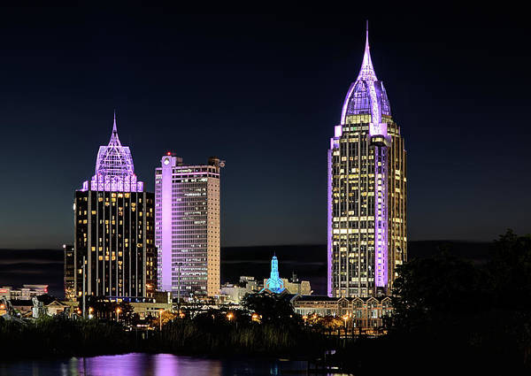 Photograph - The Mobile Skyline by JC Findley