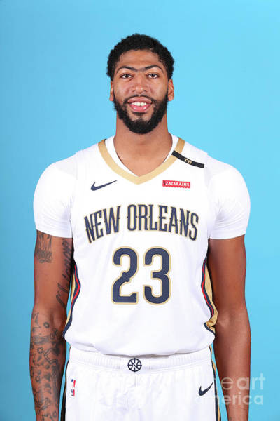 Wall Art - Photograph - 2018-19 New Orleans Pelicans Media Day by Nba Photos