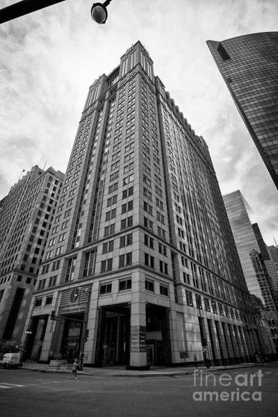 Wall Art - Photograph - 225 West Wacker Drive Office Building Chicago Illinois United States Of America by Joe Fox