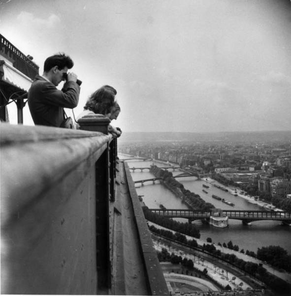 Binoculars Photograph - Eiffel Tower by Hulton Archive