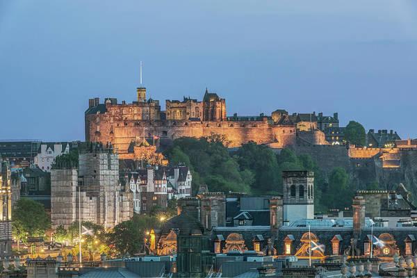 Wall Art - Photograph - Great Britain, Scotland, Edinburgh by Rob Tilley
