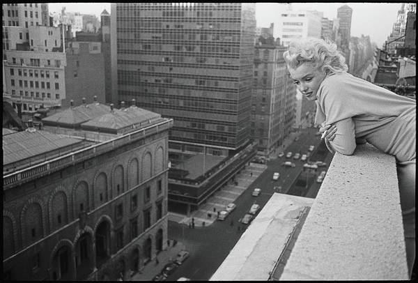 Horizontal Photograph - Marilyn On The Roof by Michael Ochs Archives