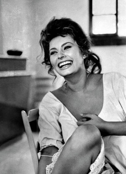 Laughing Photograph - Sophia Loren by Alfred Eisenstaedt