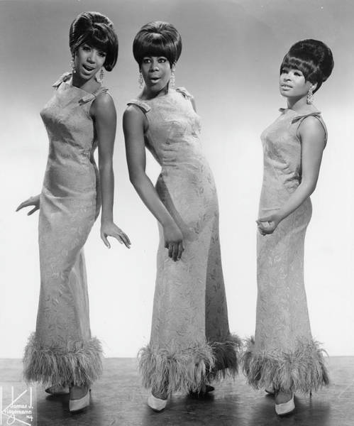 R Photograph - The Marvelettes by Michael Ochs Archives