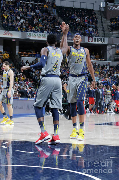 Photograph - Washington Wizards V Indiana Pacers by Ron Hoskins