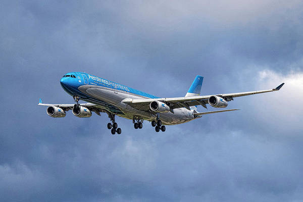 South America Mixed Media - Aerolineas Argentinas Airbus A340-313 by Smart Aviation