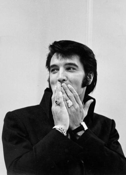 Rock Music Photograph - Rock And Roll Musician Elvis Presley by Michael Ochs Archives