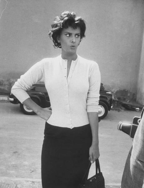 Photograph - Sophia Loren by Loomis Dean