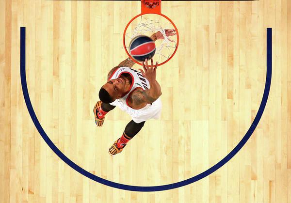 Contest Photograph - Sprite Slam Dunk Contest 2014 by Ronald Martinez