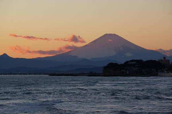 Kanagawa Wall Art - Photograph - Sunset Mt.fuji Viewed From Beach by Taro Hama @ E-kamakura
