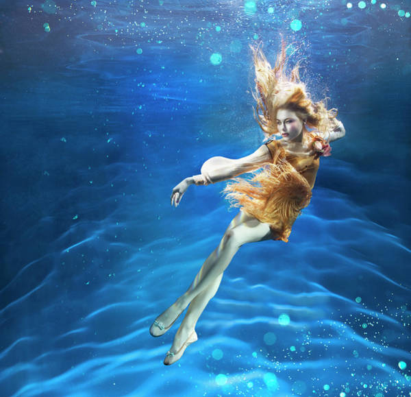 Underwater Photograph - Woman Underwater by Zena Holloway