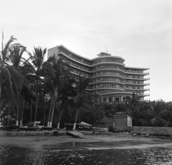 Acapulco Photograph - Acapulco, Mexico by Michael Ochs Archives