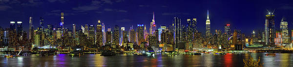 Wall Art - Photograph - View Of Manhattan Skyline, New York by Panoramic Images