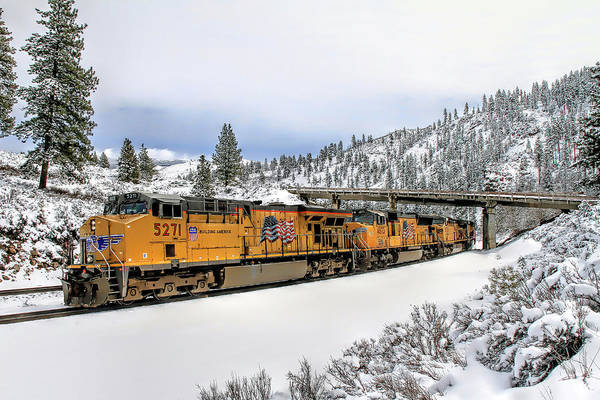 Union Pacific Railroad Wall Art - Photograph - 5271 Westbound by Donna Kennedy