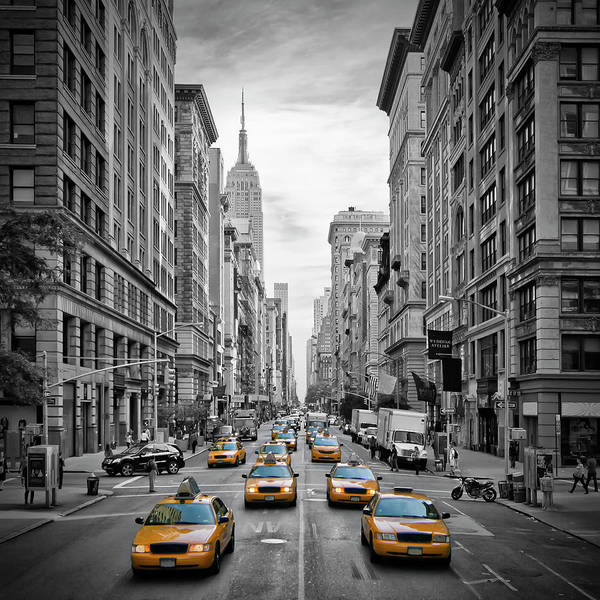Black Car Photograph - 5th Avenue Nyc Traffic II by Melanie Viola