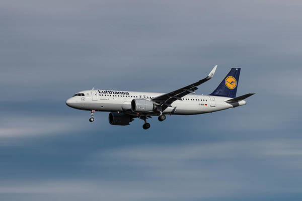 Wall Art - Mixed Media - Lufthansa Airbus A320-271n by Smart Aviation