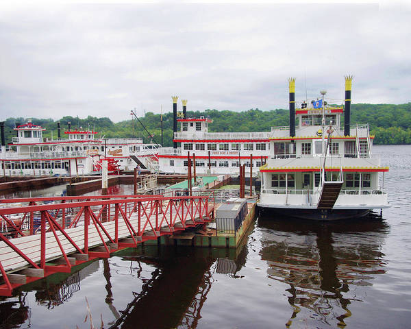 Stillwater Photograph - A Calliope Of Riverboats by Tom Reynen