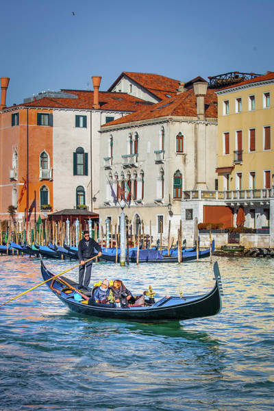 Wall Art - Photograph - A Day For The Gondola by W Chris Fooshee