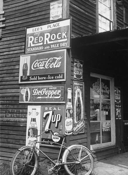 Wall Art - Photograph - A Food Store Called Leos Place Covered by Alfred Eisenstaedt