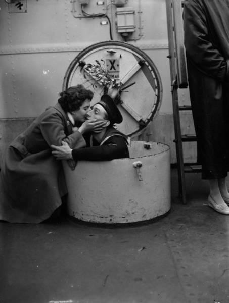 Boyfriend Photograph - A Kiss For Terry by E Bacon
