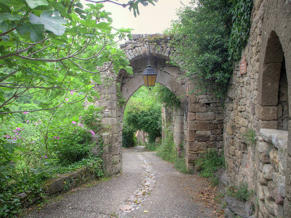 Wall Art - Photograph - A Medieval Gate In Penne by W Chris Fooshee