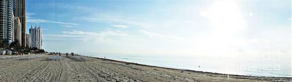 Photograph - A Miami Beach by Merle Grenz