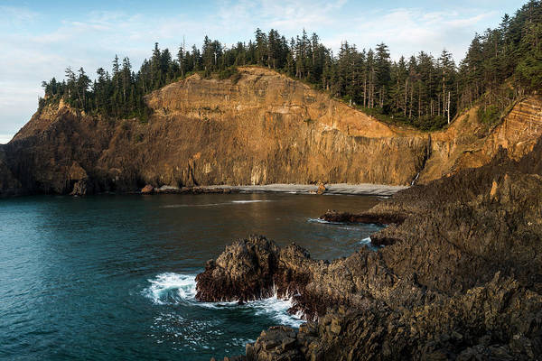 Photograph - A Rocky Cove by Robert Potts