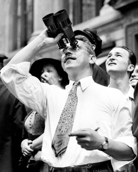 Spectator Photograph - A Spectator Uses Binoculars To Get A by New York Daily News Archive