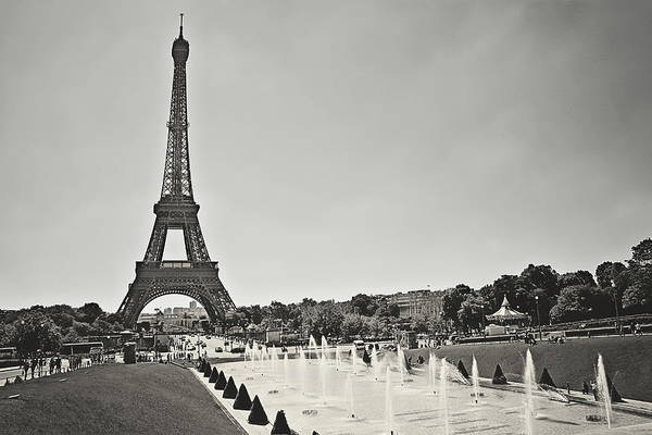 Wall Art - Photograph - A Sunny Day In Paris - Historic Edition by Kamil Swiatek