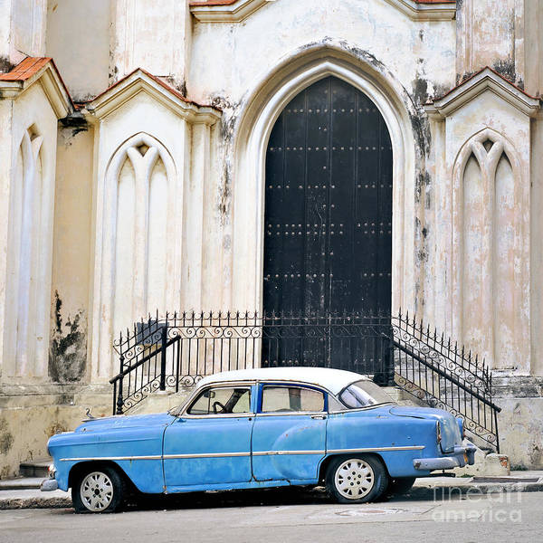 Wall Art - Photograph - A View Of Classic American Old Car by Roxana Gonzalez