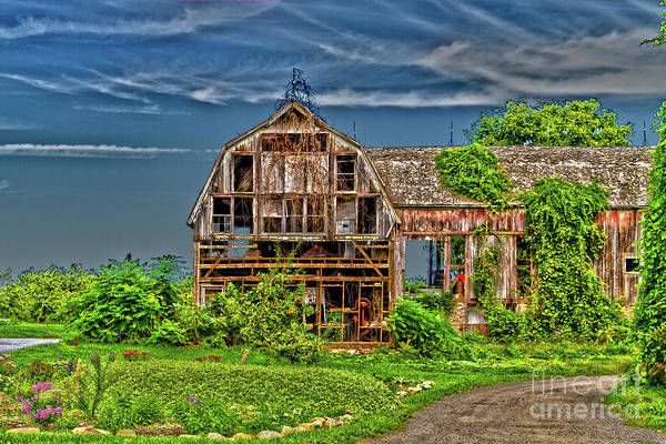 Photograph - Abandoned Barn by William Norton