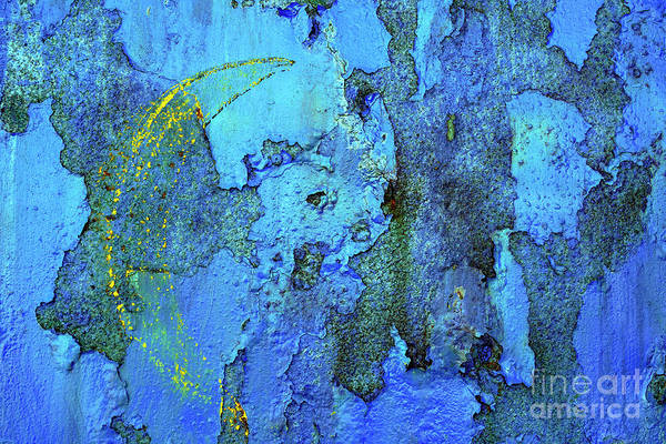 Wall Art - Photograph - Abstract Blue And Rust Background K2 by Vladi Alon