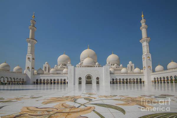 Pyrography - Abu Dhabi 2 by Mauro Celotti