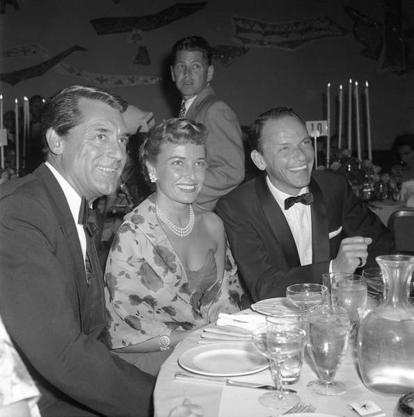 Pop Music Photograph - Actors At Stanley Kramer Party by Michael Ochs Archives