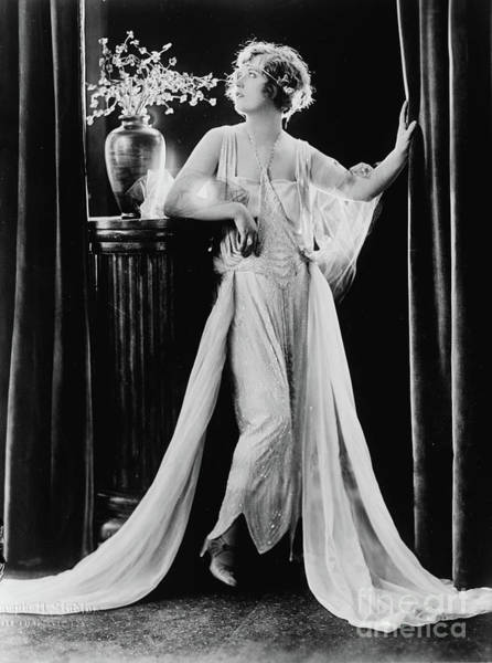 Wall Art - Photograph - Actress Marion Davies, Fashion Portrait Wearing Dress With Flowing Fabric, 1922 by American School