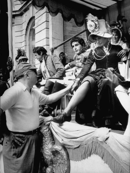 Photograph - Actress Sophia Loren R Speaks To by Alfred Eisenstaedt