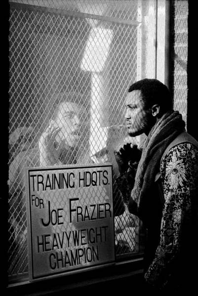 Boxing Photograph - Ali Taunts Frazier by John Shearer
