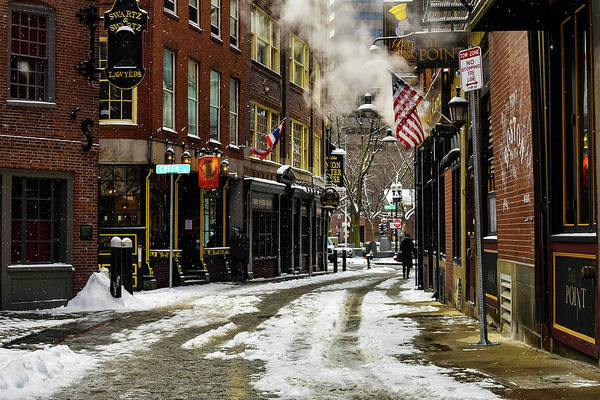 Photograph - Alley Wintery Bliss by Christina Maiorano