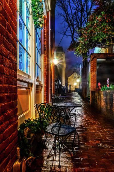 Warrenton Wall Art - Photograph - Alleyway Caffe by Alfredo Alegrett