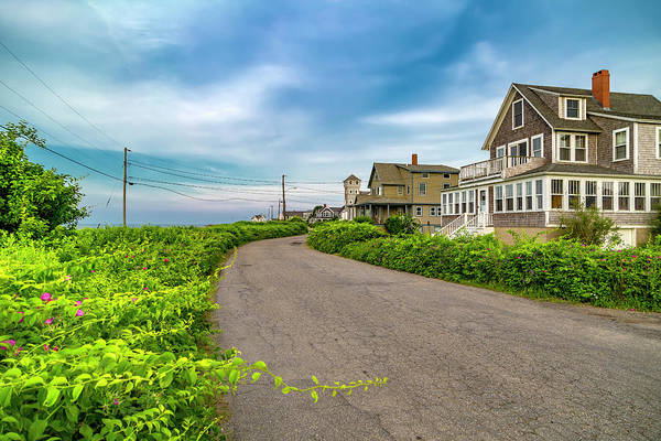 Kennebunkport Maine Photograph - Along The Coast Maine by Betsy Knapp