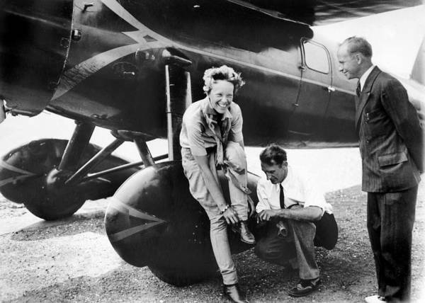 New Jersey Photograph - Amelia Earhart Arrives Fatigued And by New York Daily News Archive
