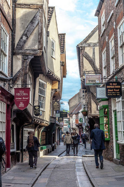 Wall Art - Photograph - An Ancient Street In York by W Chris Fooshee
