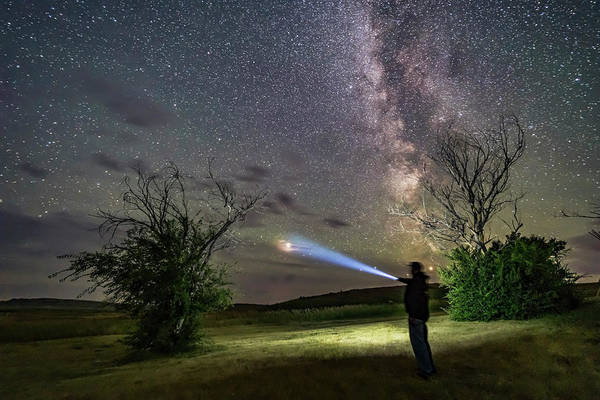 Photograph - An Observer Pointing At Mars by Alan Dyer