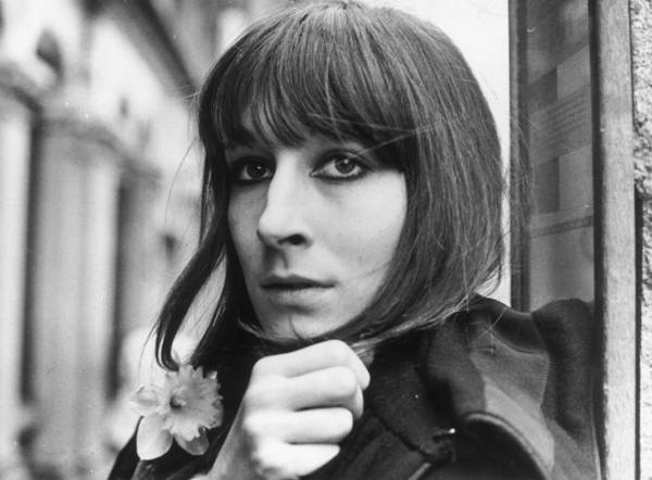 Photograph - Anjelica Huston by Evening Standard