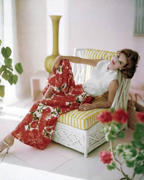 Wall Art - Photograph - Anne St. Marie Wearing B.h. Wragge by Horst P. Horst