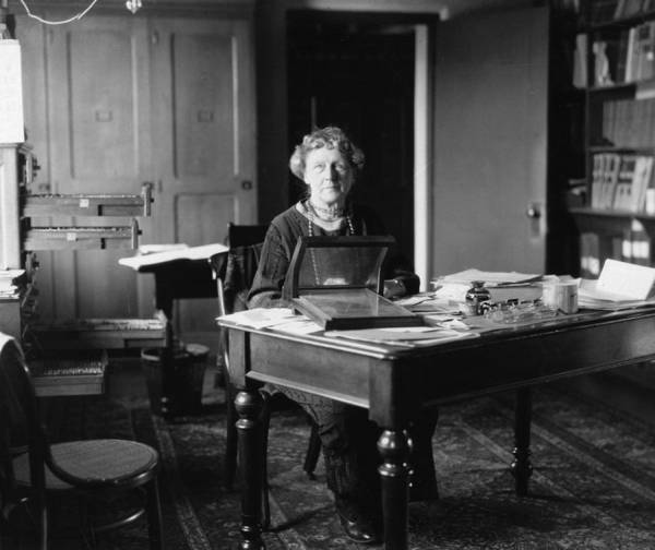 Photograph - Annie Jump Cannon, American Astronomer by Science Source