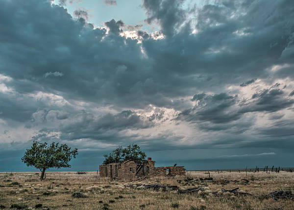 Photograph - Another Abandoned House by Laura Hedien